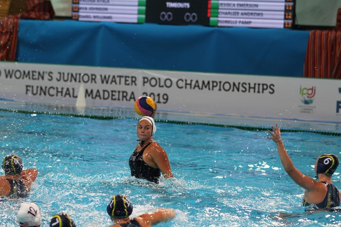 USA Junior Women Take Group Title With 9-8 Win Over Australia